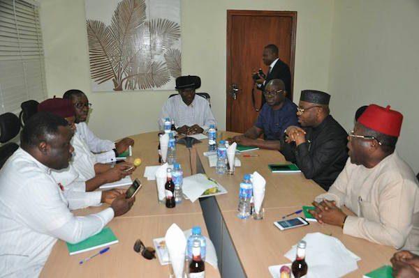 jonathan meets governors