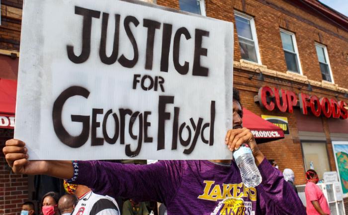 George-Floyd-protestors