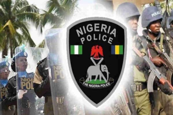 Policemen3